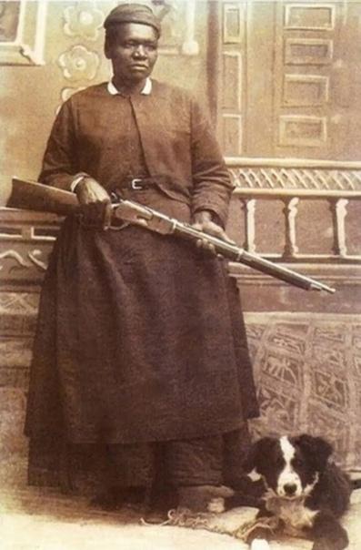 Быль о настоящей женщине Жила-была в США, в штате Монтана, черная девушка Мэри Филдс. Родилась в 1832 г., отец был рабом на плантации, а мать служанкой. Выросла она прехорошенькой, особенно