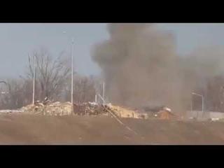 . Ополчение ДНр взорвало блиндаж ВСУ под Песками