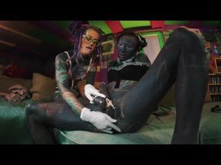 Anuskatzz - Maid lili lulu get fisted by tattoo teen Tattooed Shemale