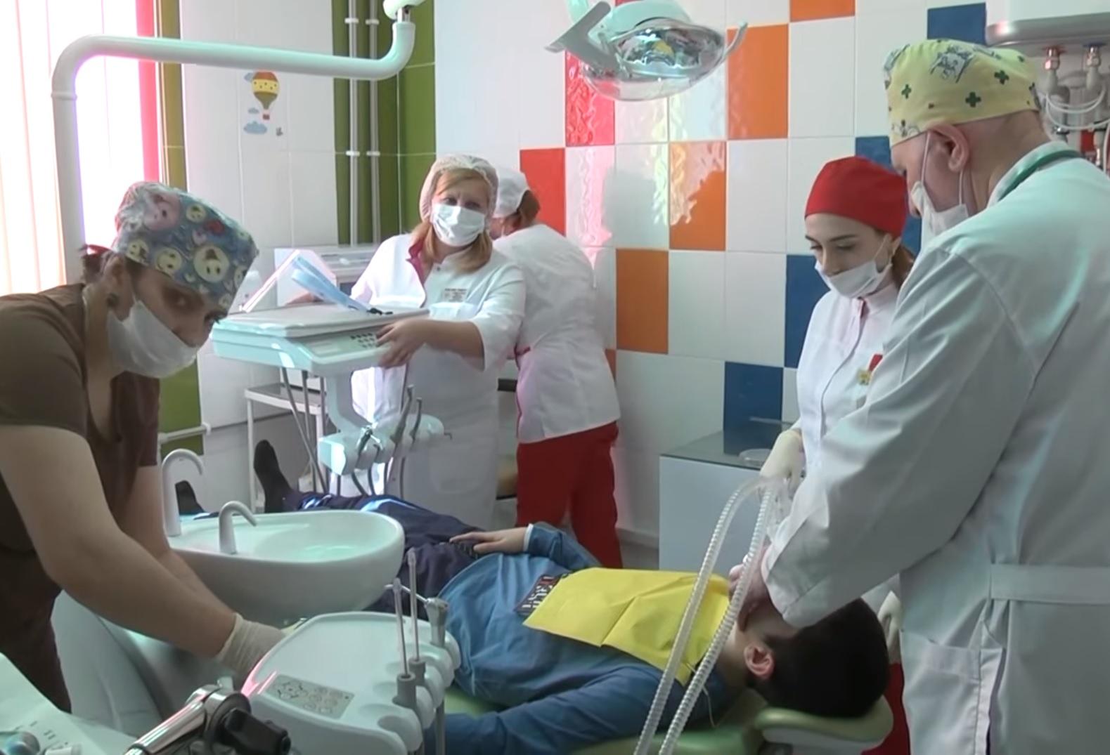 В КЧР появился стоматологический кабинет для детей с ограниченными возможностями