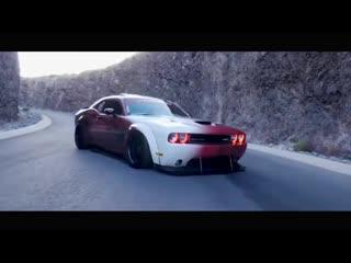 ЛУЧШАЯ МУЗЫКА 2020 ⁄ ДРИФТ  Dodge Challenger SRT8