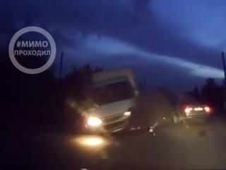 72-летний водитель уснул за рулем и врезался в грузовик. бийск 08.09.19