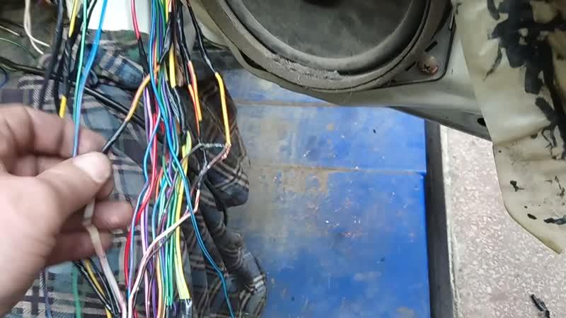 Mitsubishi Pajero IO Pinin Не работают актуаторы дверей ремонт электропроводки