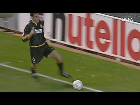 Потрясающий финт Редондо в матче МЮ-Реал 19.04.2000