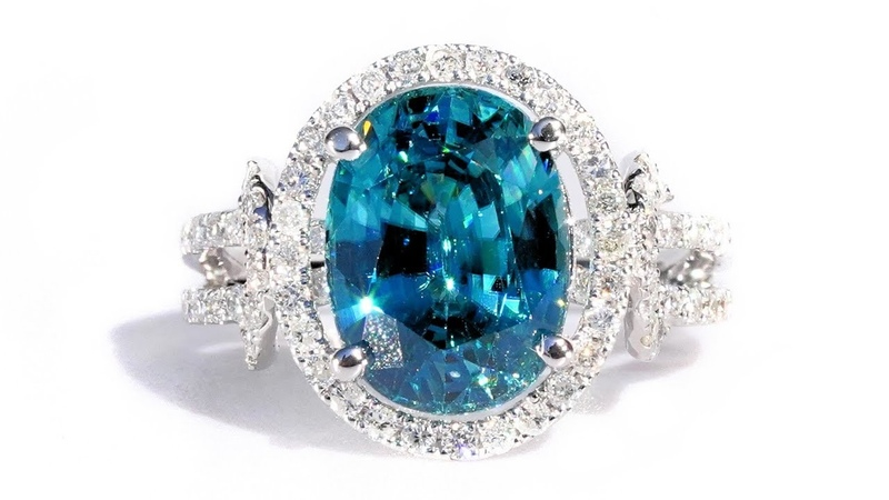Vintage Vivid Top Blue Zircon and Diamond 7.24 tcw Statement Cocktail Ring 14k White Gold Natural