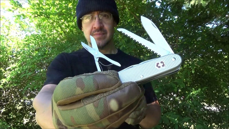 Victorinox Farmer X Swiss Alox Knife Review