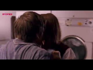 Секс в прачечной с Дженнифер Энистон