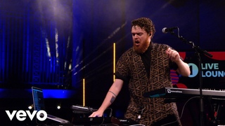 Jack Garratt - Rain On Me in the Live Lounge