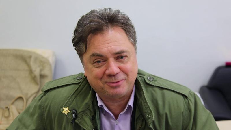 Андрей Леонов о съемках в ток шоу Семья вверх тормашками