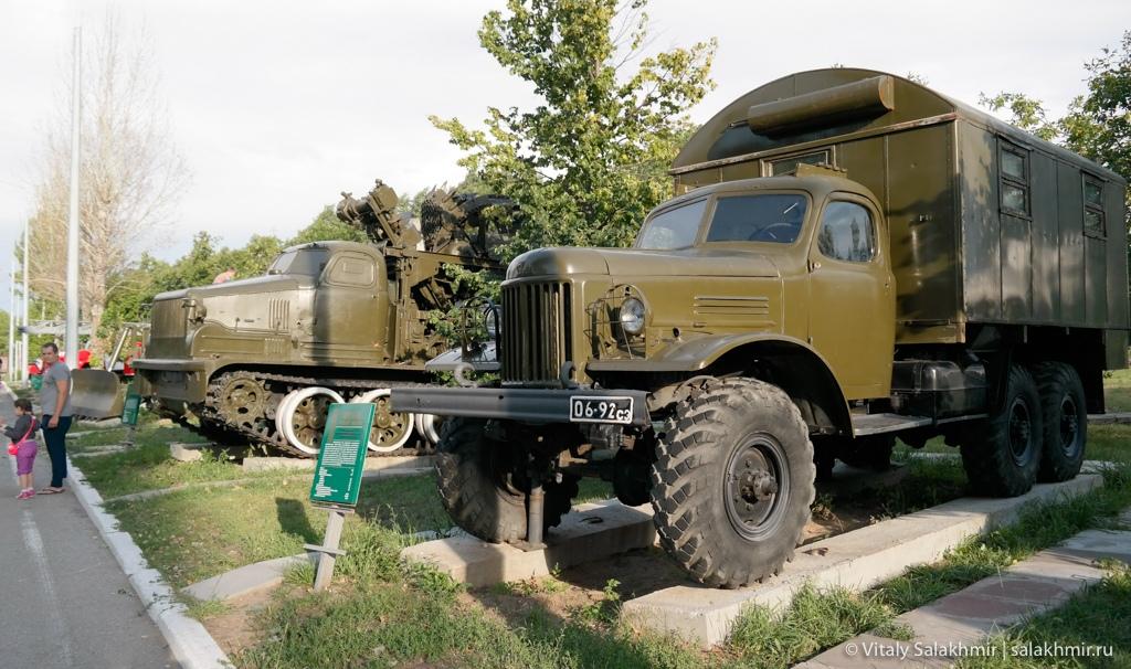 Боевые машины в Парке Победы, Саратов 2020