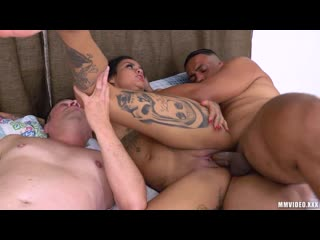 Evelyn Buarque - Wife makes cuck hubby eat Cum from another dude