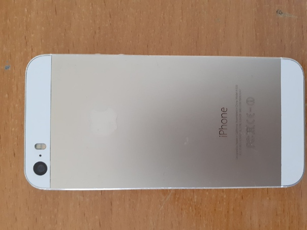 Apple iPhone 5s 16 ГБ