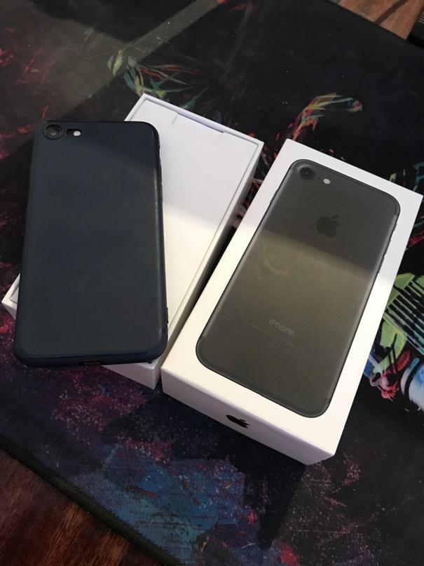 Купить оригинальный Iphone 7 Black на 32гб.   Объявления Орска и Новотроицка №16520