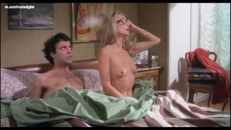 Dayle Haddon, Edwige Fenech, Barbara Bouchet, Sydne Rome Nude - Sex with a Smile (40 gradi all'ombra del lenzuolo, IT-1976)