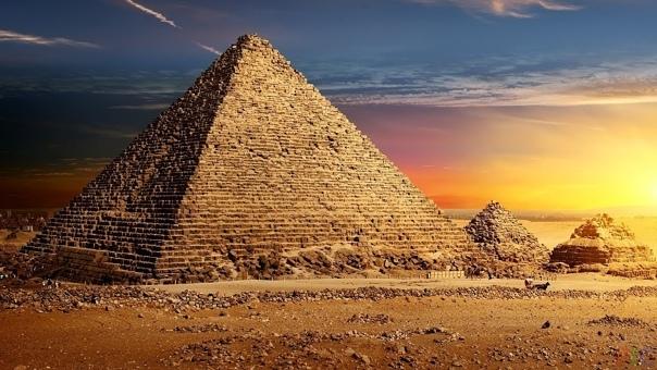 Правдивая история египетской пирамиды Господа! Я пригласил вас с тем, чтобы сообщить пренеприятнейшее известие, Верховный визирь тяжёлым взглядом обвёл лица членов Совета Древнеегипетского