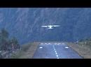 Непал. Аэропорт Лукла. Высота над уровнем моря 2805 метров. Красиво…