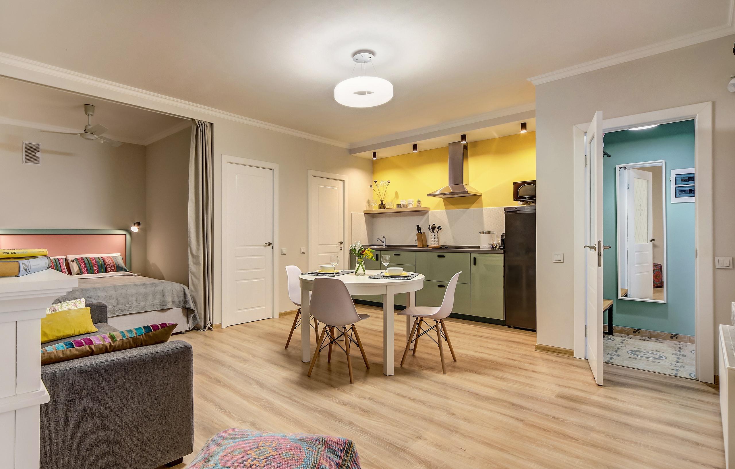 Мой недавний проект, апартаменты 35 м2 для гостей Петербурга.