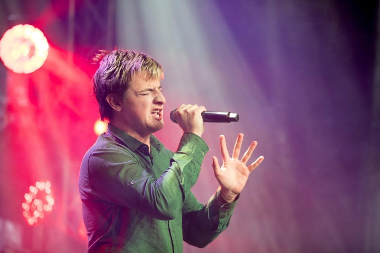Четыре участника из Тверской области отправятся на Сахалин, чтобы спеть в финале проекта «Универвидение.Авторы»
