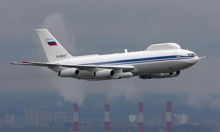 СК РФ по Таганрогу возбуждено уголовное дело по факту хищения имущества из самолета ИЛ-80