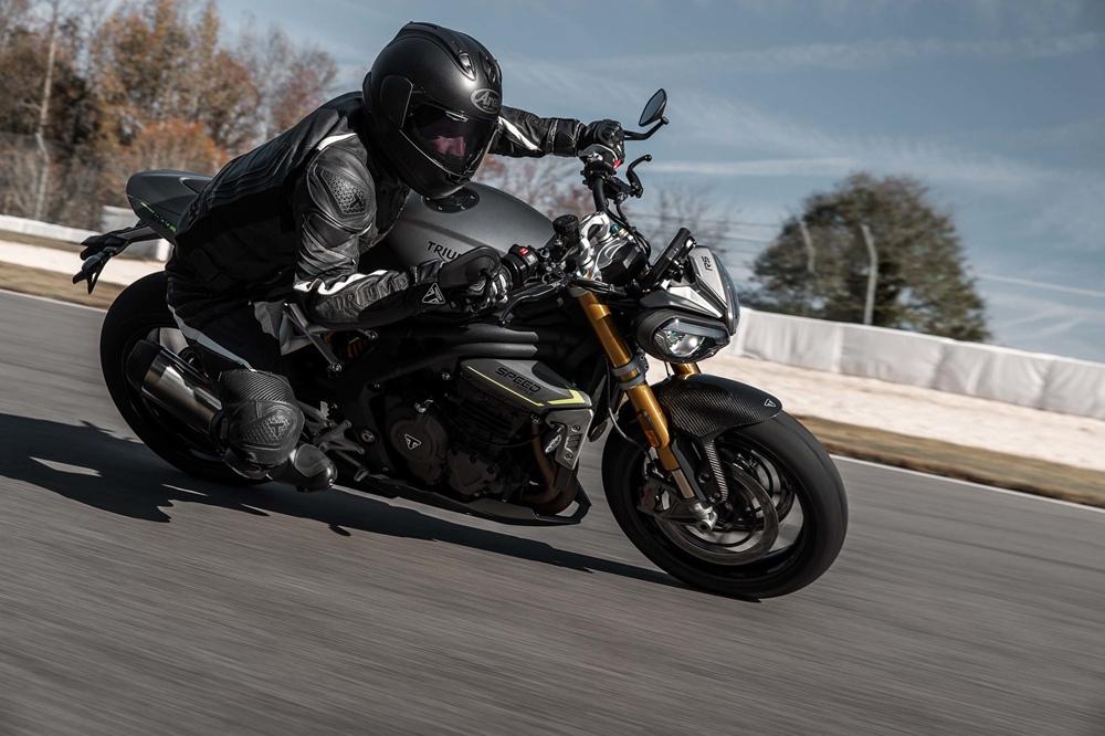 Новый мотоцикл Triumph Speed Triple 1200 RS 2021