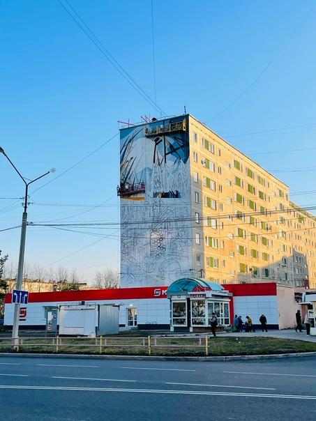 Продолжается работа над арт-обьектом на Победы, 91...