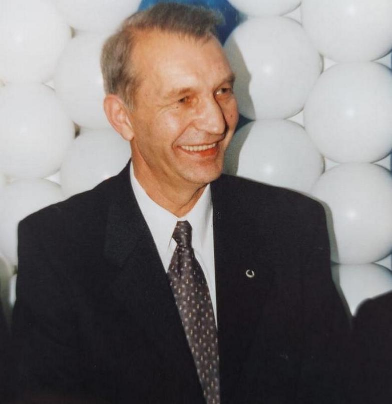 Завороженный Кожухов. Был любим, ломал носы лучшим игрокам страны и стал чиновником, уважаемым всеми, изображение №9