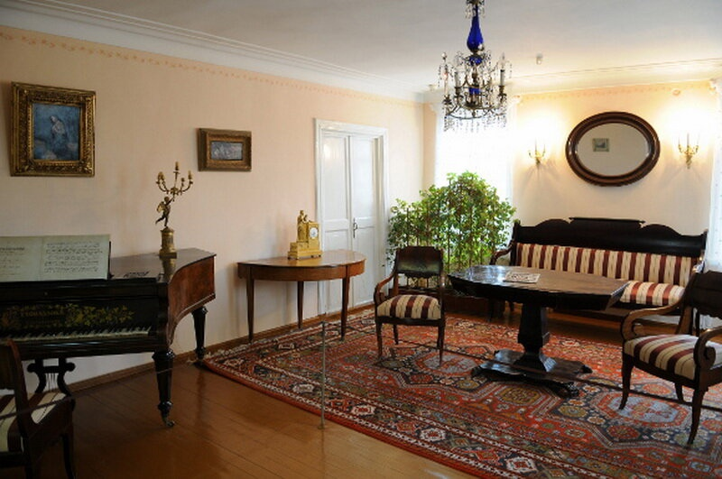 Гостиная в доме генерала П.С. Верзилина, где произошла ссора М.Ю. Лермонтова и Н.С.Мартынова