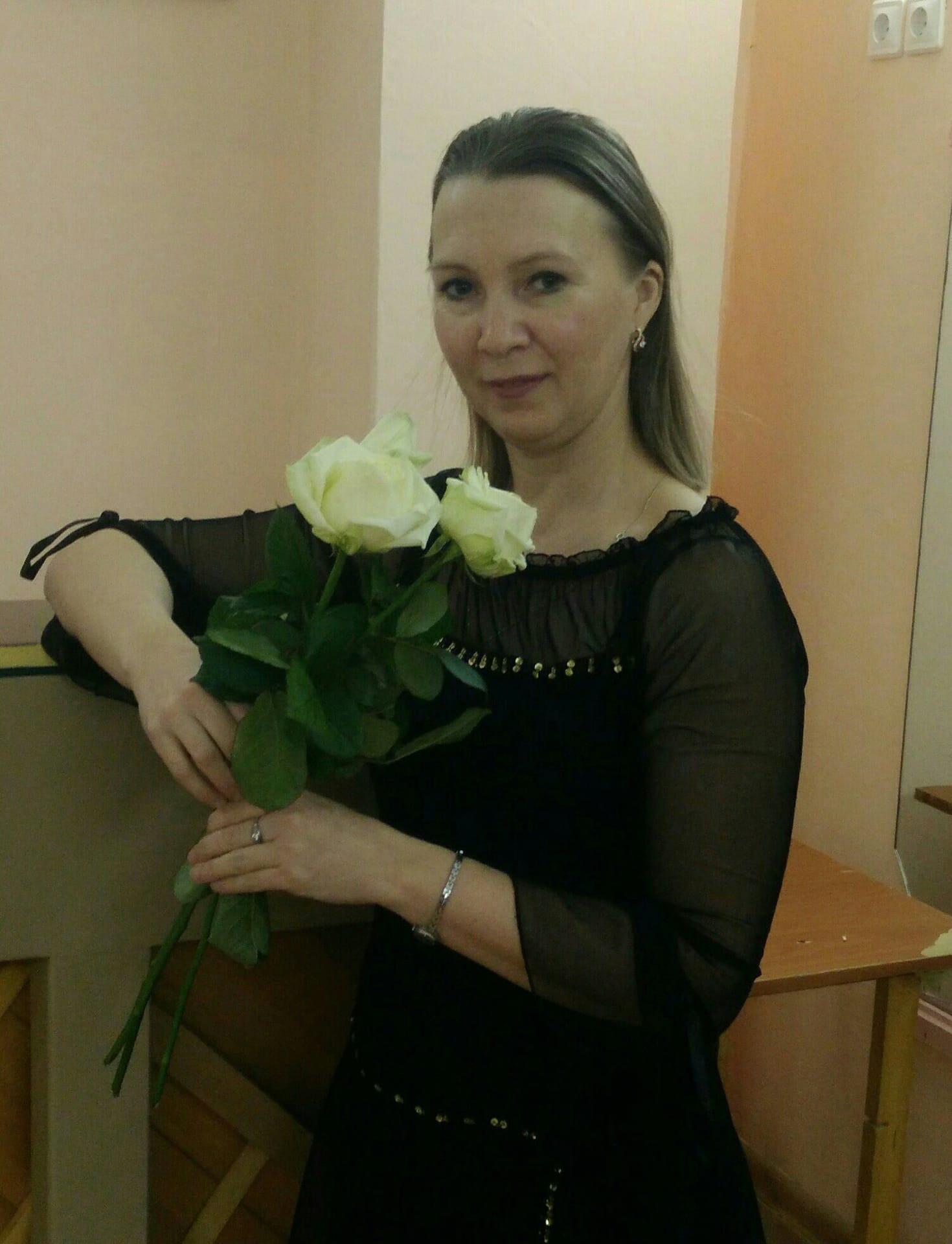 Преподавателю хореографии из Можги Ивановой Елене Анатольевне