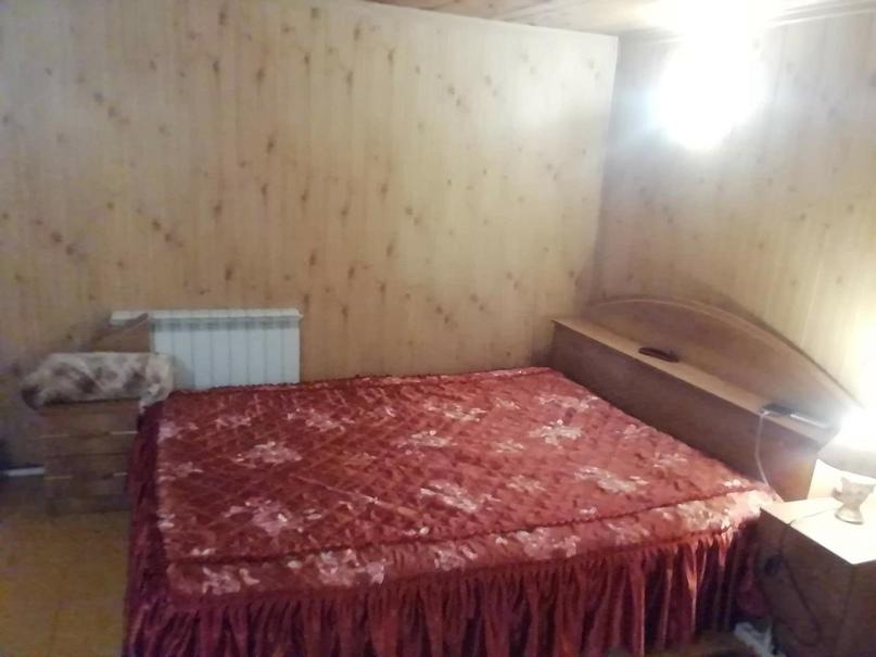 Продаётся кровать 160*200 с двумя   Объявления Орска и Новотроицка №28374