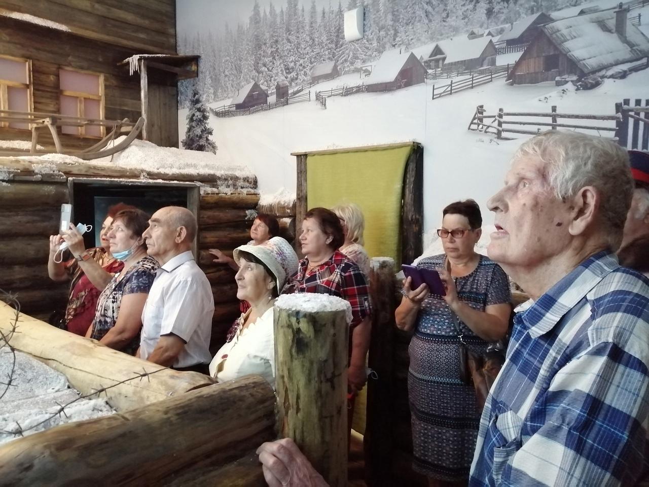 Активисты районного совета ветеранов посетили музейный комплекс им. И.В. ПАНФИЛОВА