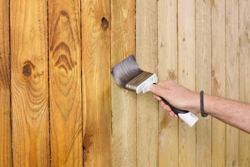 Средства для защиты древесины от возгорания, влаги, гниения