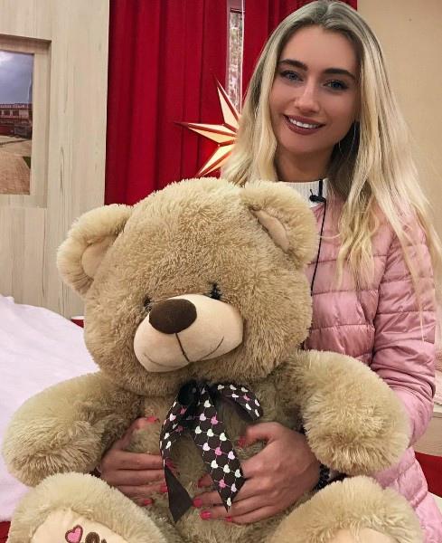 Мария Давидова покинула проект!