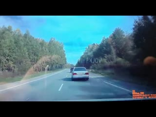 Появилось видео, как на дороге Нижний Тагил - Нижняя Салда произошла авария с участием трех машин