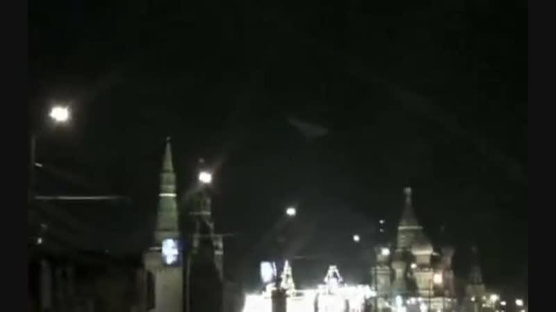 Пирамида над Кремлем 09 2009 UFO
