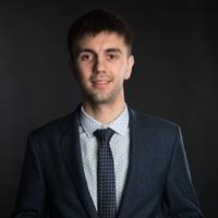 Денис Титов