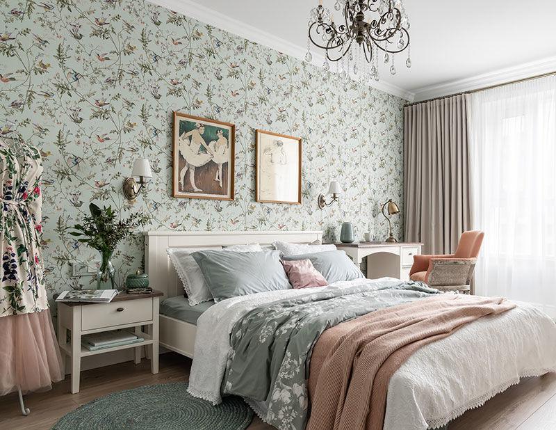 Мягкая классика в интерьере небольшой квартиры в Санкт-Петербурге (69 кв.