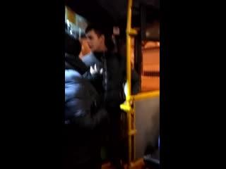 Драка в автобусе в Иркутске