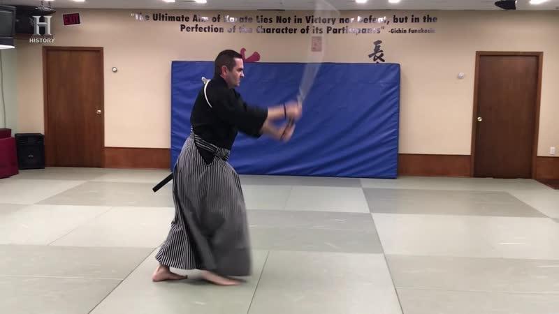 History Channel Между молотом и наковальней на ножах Последний самурай